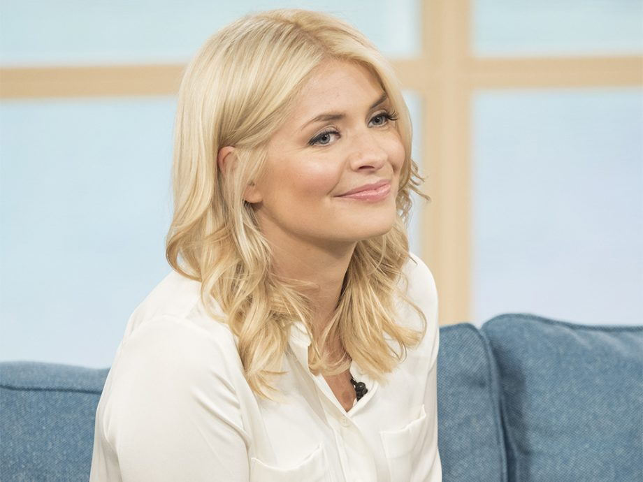 holly willoughby hair style
